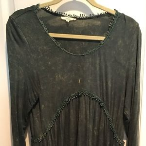 Easel Dress green distressed size S